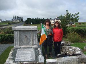 Mary J Murphy and Maria Gillen at the Tomb of Eva O'Flaherty.